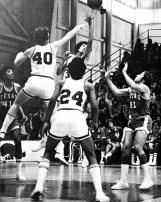 There was one drawback of the Van Eman era: his team's abhorred defense. Three times the Hogs scored 100 or more and still lost. The 1973-74 Razorbacks exemplified the Van Eman model. Arkansas was 21st in the nation in scoring but second from last -- 231 out of 232 -- in points allowed.