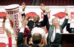After successful stints at UAB and Missouri -- including a run to the the Elite 8 with the Tigers -- favorite son Mike Anderson returned to coach Arkansas in 2012. Anderson, who spent 17 years as Nolan Richardson's assistant, was greeted warmly upon his return to NWA.