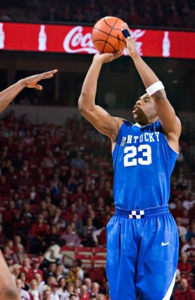 Kentucky highlighted a win-less February, when Jodie Meeks and the Wildcats blasted the Hogs out of their own building. Meeks dropped 45 points -- the Bud Walton Arena opponent scoring record -- on a spectacular 17-of-24 shooting display.