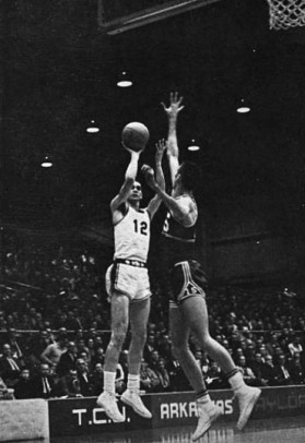 With Arkansas football flourishing in the 1960s, basketball floundered then flat-lined. The gridiron Razorbacks reached seven bowl games in the decade, won or shared five SWC titles and captured the 1964 national championship. Meanwhile, the basketball team failed to make any postseason tournament, never finished higher than third in the SWC and posted just two winning seasons in league play.